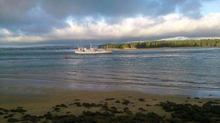 MV Pacific Hope Sails to Fiji