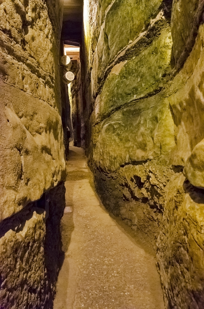 Tunnel under the wester wall, Jerusalem
